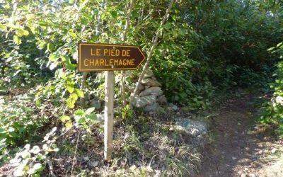 Le Pied et les Fesses de Charlemagne, près de l'abbaye carolingienne de Lagrasse (Aude)