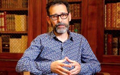 Alberto Velasco : « Aujourd'hui nous avons les 'stars' du rock, au Moyen Âge la fascination allait aux reliques »